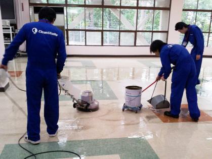 豊田市内での清掃(Pタイル清掃)