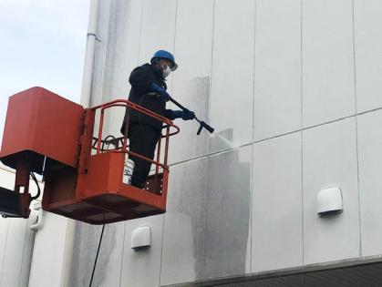 愛知県豊田市での高圧洗浄機による外壁清掃