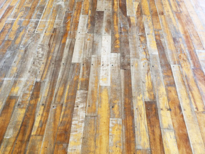 体育館木床フローリング 修繕リフォーム ビフォー2
