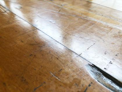 体育館木床フローリング 修繕リフォーム ビフォー1-2